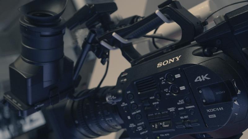 profesjonalny sprzęt filmowy dostępny na wynajem